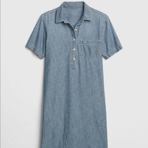 Gap Popover Chambray Dress
